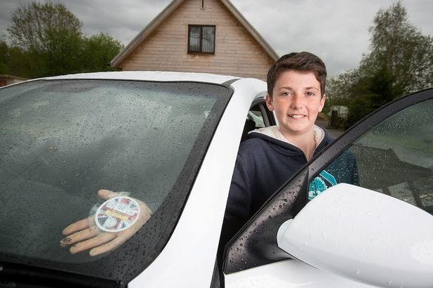 This 14 year old has made more than you and I will make in 10 years in just 1 year (£2,000,000)